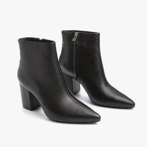 ONLY WORN ONCE - Anine Bing Natalie Leather Boots
